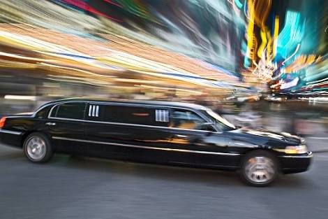Airport Transportation with limo is the best pick