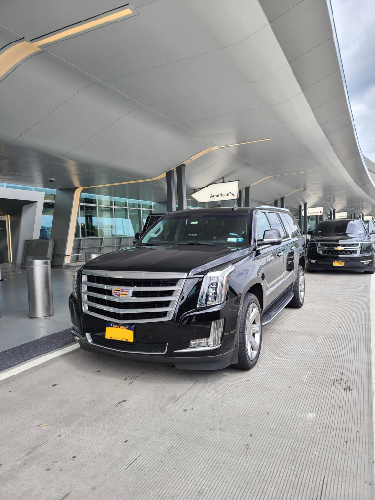 How to Get Guaranteed Comfortable Car Service to and from an Airport