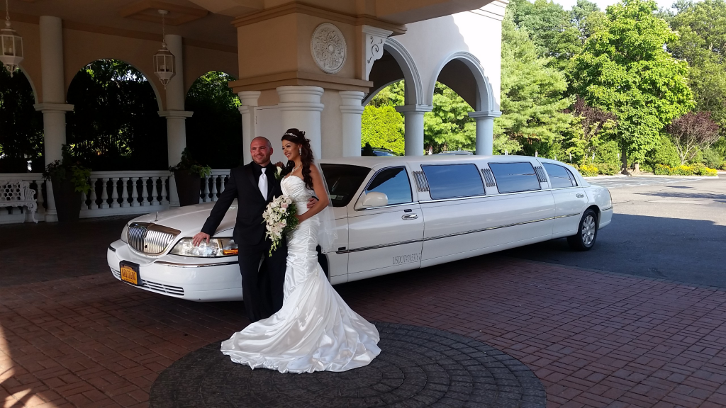 How to Choose the Best Chauffeur for Your Limousine Car Service